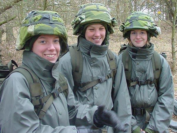 Soldatesse svedesi: (Fonte: www.miliwoman.com)