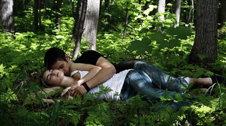 coppia nella natura